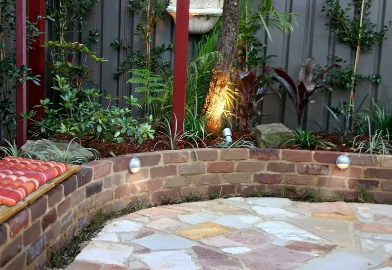 Balinese courtyard manly sydney landscapers sydney for Courtyard garden designs australia