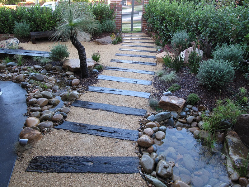 Modern australian native garden design balgowlah for Front yard garden designs australia