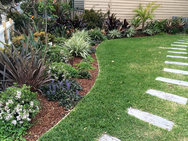 freshwater tropical garden design northern beaches