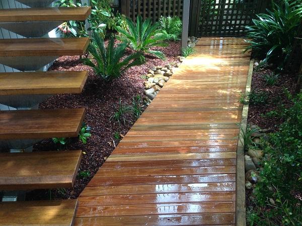 decking pathway garden